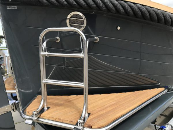 Pieterman-sloep-800-cabin